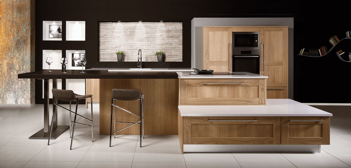 cuisine quip e en bois plan de travail quartz silestone inova cuisine. Black Bedroom Furniture Sets. Home Design Ideas